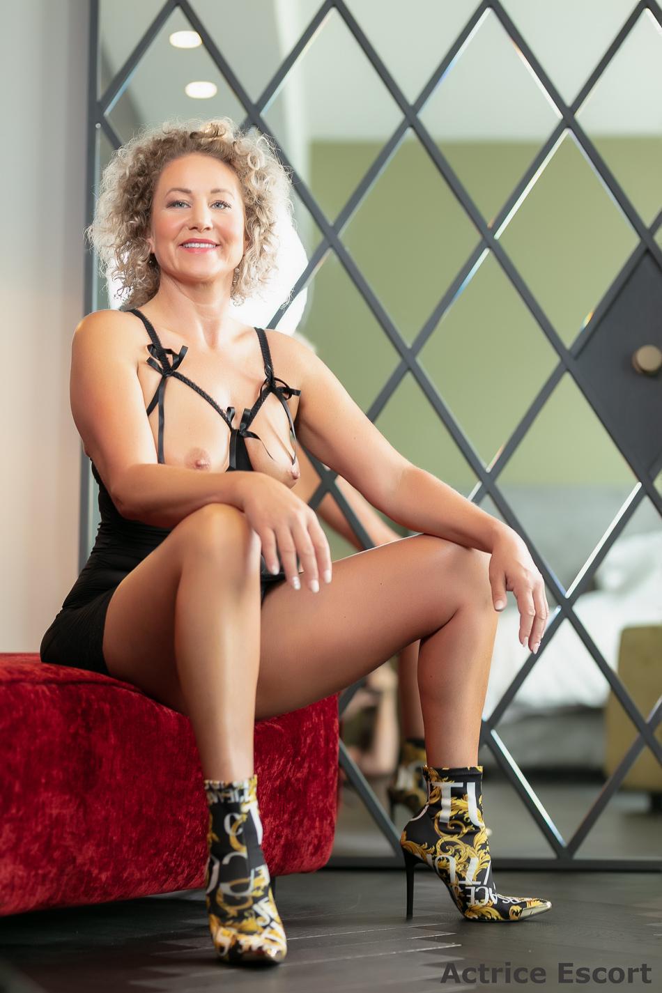 Lexy-Escortservice-Mannheim_Overt-Kleid