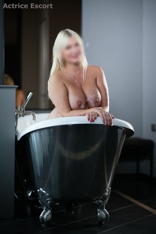 Linda-Escortservice-Berlin (12)