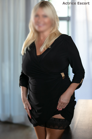Linda-Escortservice-Berlin(22)